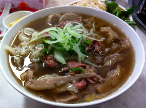 pho tau bay beef pho